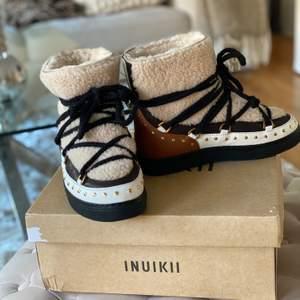 Säljer mina inuikii skor strl 37, typ helt oanvända. Jättefint skick. Nypris 3499kr