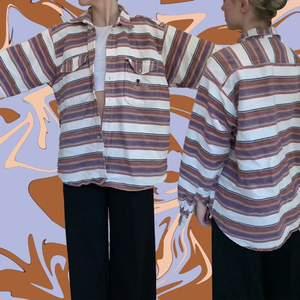 Otrolig tjock skjorta 🍶🍓🍆 fick av mitt ex, bra kvalitet. Funkar lika bra till sommaren som vintern