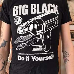 BIG BLACK Bra skick, aldrig använd   Byst:44 Längd: 56