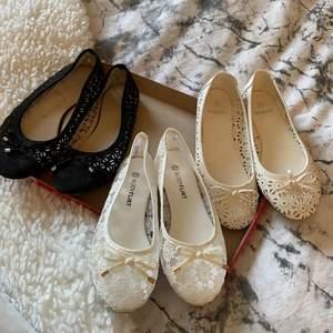 Ballerina skor, knappt använda, strl 37 men för stora för mej som har 38🤨❤️typ 38 o lite till. 150 kr/st