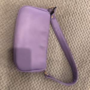 Jättefin handväska men den kommer tyvärr inte till användning✨