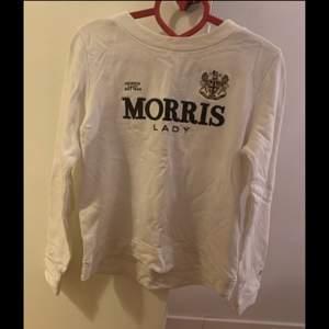 Jättefin Morris tröja köpt från johnells för 1500. Säljer den för 400kr. Använd fåtal gånger