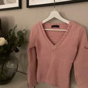 Supersöt ljusrosa stickad tröja storlek S. Frakt 66kr💕