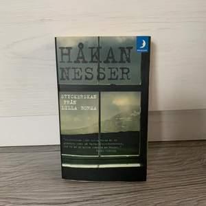 Säljer en bok där Håkan Nesser är författare. Boken är i ett fint skick då den är läst en gång. För mer info så är det bara att skriva till mig
