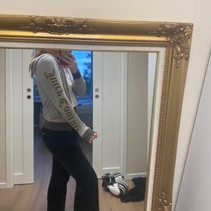 Jättefin Juicy Couture kofta i storlek S! 💕