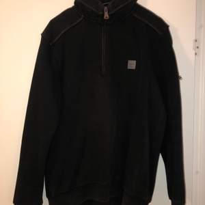 Fin tröja från Hugo Boss. Köparen betalar frakten. Skickas via postnord.