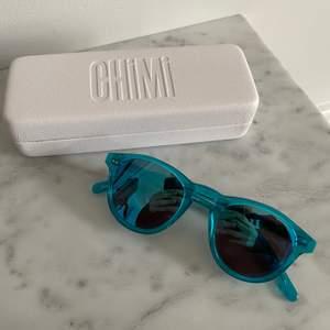 Chimi aqua #002 solglasögon med spegelglas. Mycket bra skick!