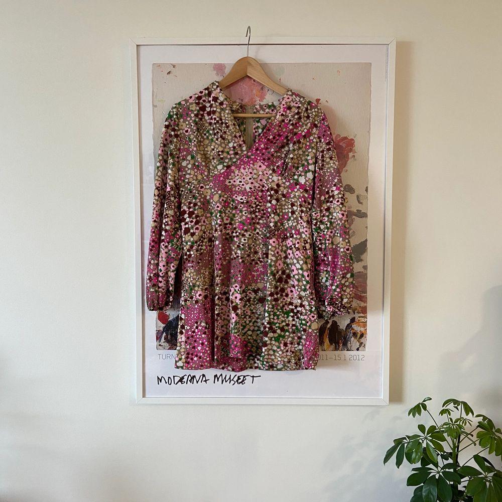 Supersöt retro vintage klänning från Rockit🌸. Klänningar.