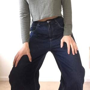 Superbekväma jeans, lite kortare modell.