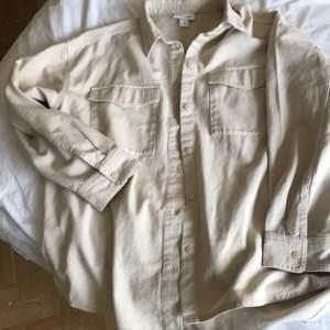 Ny skjorta från Monki