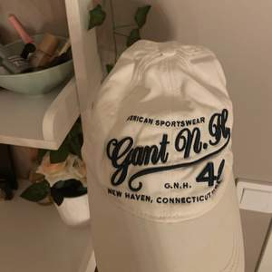 Snygg Gant keps jag köpt second hand och bara använt ett par gånger.