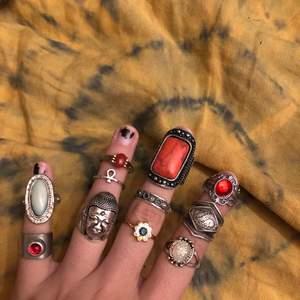Valkigt unika och fina ringar ! De på sista bilden är i äkta silver !