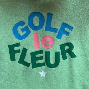 SÖKER en Golf Le Fleur tröja för under 300, kan vara både t shirt, tröja eller hoodie. Kontakta mig 💚💚💚