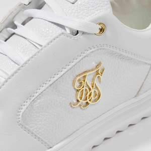 SikSilk Sneakers nya i kartong