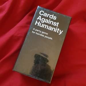 Roligt kortspel som är perfekt som partyspel. Helt oöppnad.