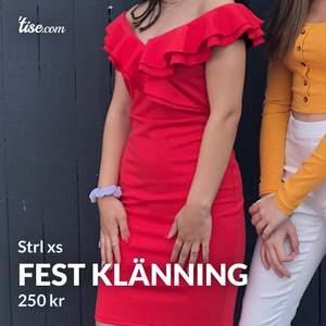 En fin fest klänning, säljer pga ingen användning. Så passa på o köp!! #trend #röd #klänning #fest #jul