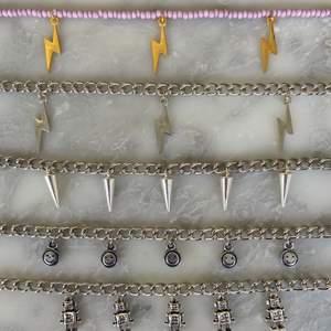 Nu kan ni köpa dessa halsbanden! 100kr styck! 11kr frakt! De tar slut fort så passa på💗😍🙌🏼