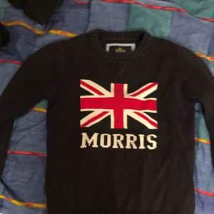 Säljer en Morris tröja i storlek Medium! Snygg och clean tröja. Använd en del men inga fel på den. Nypris 1200kr och jag säljer min för 150kr.