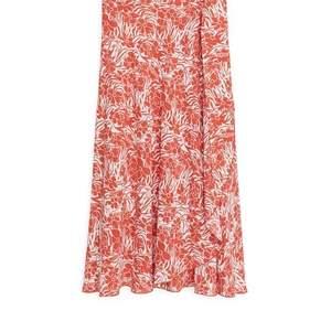 Rodebjer-inspirerad kjol från Arket, aldrig använd. 100% viskos. Nypris 890 kr. Pris nedan är inkl. frakt.
