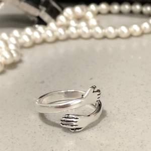 Superfin ring, justerbar. Begränsat antal så först till kvarn!  💜