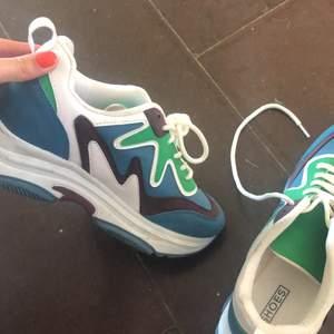 Använda en gång!! Sneakers från Nelly, nypris 899kr.