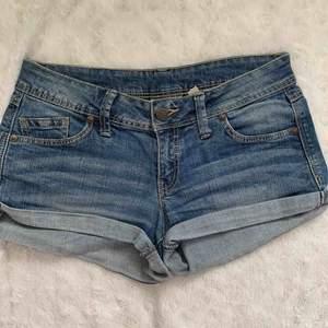 Mango jeans shorts st.34 eller XS