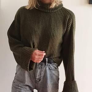 Superskön stickad tröja från Gina Tricot! Grön, storlek S. Kan mötas upp i Uppsala/Stockholm, alternativt skicka mot fraktkostnad.💚
