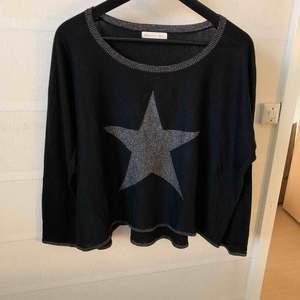 Oversize S tröja passar även m