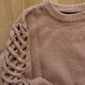 Stickad tröja från zara knit. Storlek S, köpare står för frakt