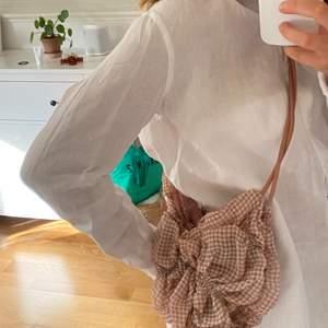 Så fin pås-väska från Zara som är använd 1 gång! 💗