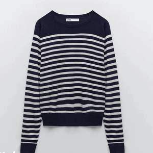 Säljer denna popurlära tröja från Zara i storlek S! 140 plus frakt på 60❤️