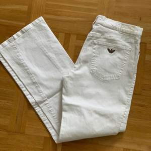 Armani Jeans byxor i snygg modell Storlek 28 Fint skick