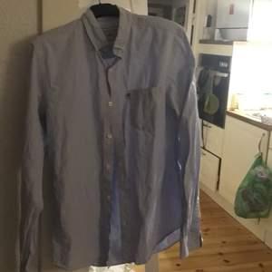 Nyskick på den här fina skjortan
