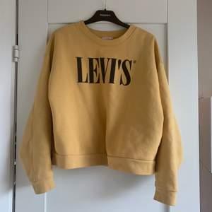 LEVIS, buda från 250kr (inköpt för 600kr)