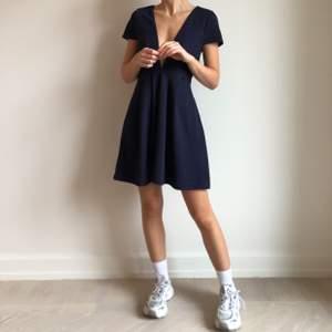 Superfin blå klänning. Aldrig använd