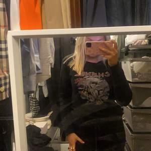 säljer denna coola tröjan men tryck! Jätte snygg