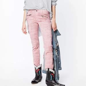 Rosa jeans från Zadig. För små för mig och i utmärkt skick. Endast leverans. ❤️ Buda i kommentarerna