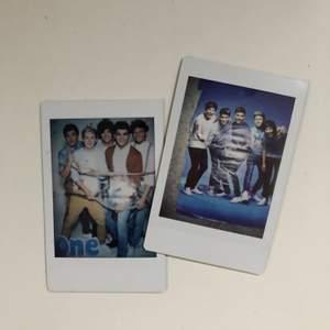 Två Polaroid bilder jag har tagit på mina posters. Instax mini. Frakt inkluderat