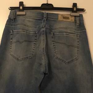 Diesel faithlegg regular-straight waist jeans