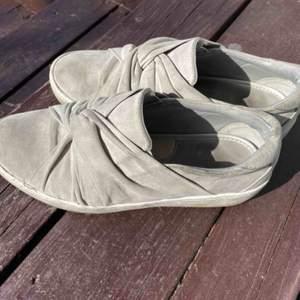 Ett par fina skor ifrån FEETFIRST i storlek 37. Väl använda🌟🌟