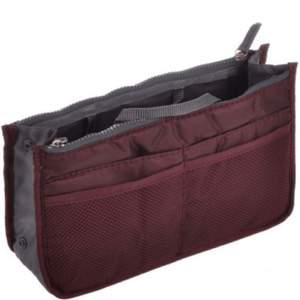Säljer en handväskinsats som gör det simpelt att inte ha sakerna överallt i din väska utan du har det sorterat. Färg vinröd   Helt ny oanvänd Nypris: 109kr