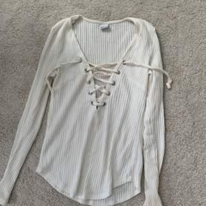 Fin tröja från Gina, stl s