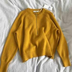 Helt oanvänd fin tröja från CARIN WESTER. Ordinarie pris 399kr. Skön.