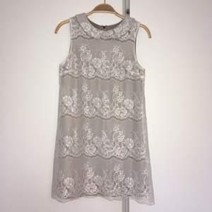 A-line-klänning i 60-talsstil. Jättefin