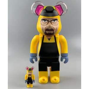 "🔌 Bearbick Breaking Bad ""Walter White"" 100% & 400%                                                                                - Con: Brand New                                                             - Vårt pris: 1599kr                                                           - Retail price: ~ 1900kr                                          #PufferyPlug"