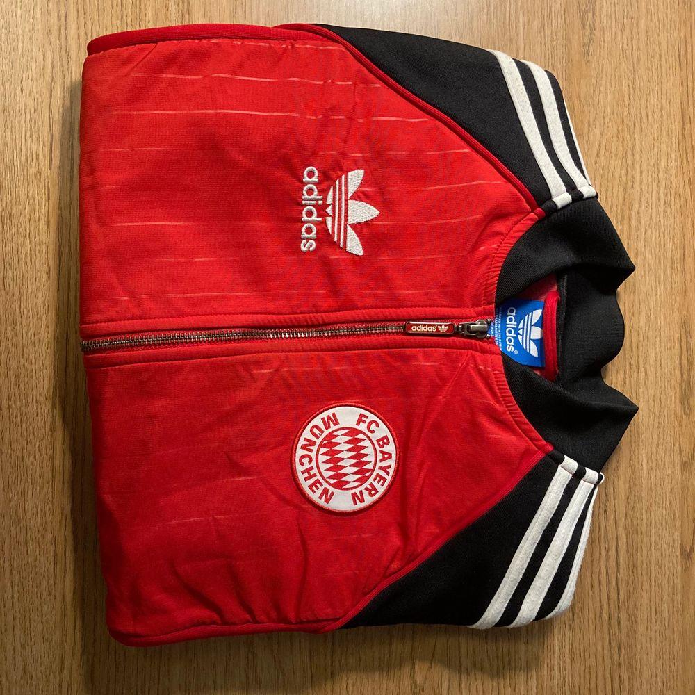 Adidas Tröja Bayern Münich. Huvtröjor & Träningströjor.