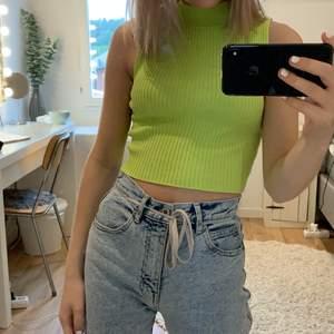 neongrönt linne, köpt för 1 år sen på hm😊
