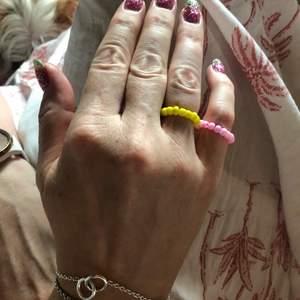 Handgjorda färglagda ringar, 20 kr stycket +frakt 💘