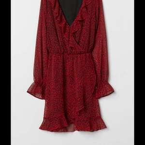Superfin klänning från hm i bra skick💜100kr +frakt