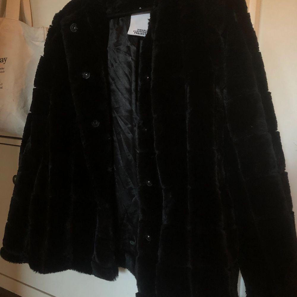 Fin mysig jacka ifrån MQ i nyskick, har inte blivit använd då jag har så många jackor. Den är i stl.36. Jackor.